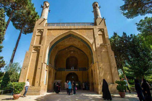 معرفی اصفهان | سومین شهر پرجمعیت و دومین شهر صنعتی ایران زمین