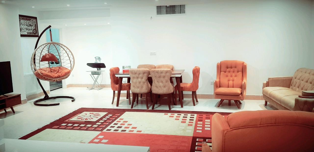 اجاره آپارتمان مبله روزانه 130 متری سه خواب نوساز و شیک شیراز