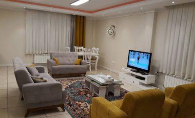 اجاره آپارتمان مبله روزانه در تهران ۹۰ متری – پاسداران طبقه سوم