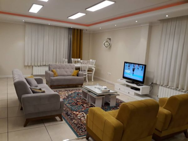 اجاره آپارتمان مبله روزانه در تهران 90 متری - پاسداران طبقه سوم