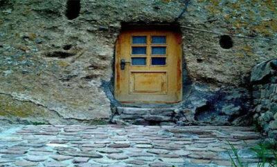 اجاره خانه تبریز روستای کندوان به صورت روزانه ۴۵ متری ۱ اتاق