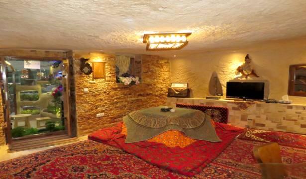 رزرو هتل صخره ای هما اتاق Vip با جکوزی در کندوان