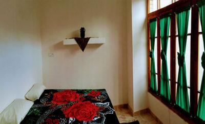 اقامتگاه سرای آقامحمد کاشان اتاق بابونه