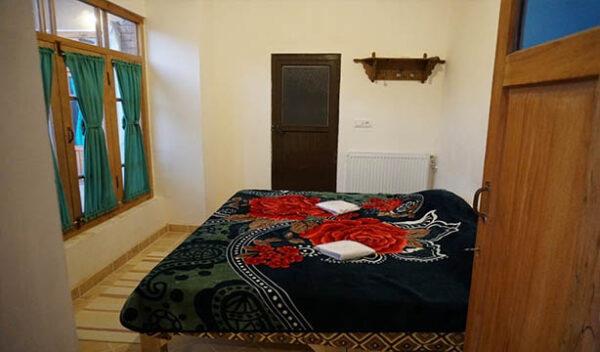 اقامتگاه سرای آقامحمد کاشان اتاق رازیانه